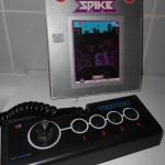 Spike Mb Vectrex avec sa manette